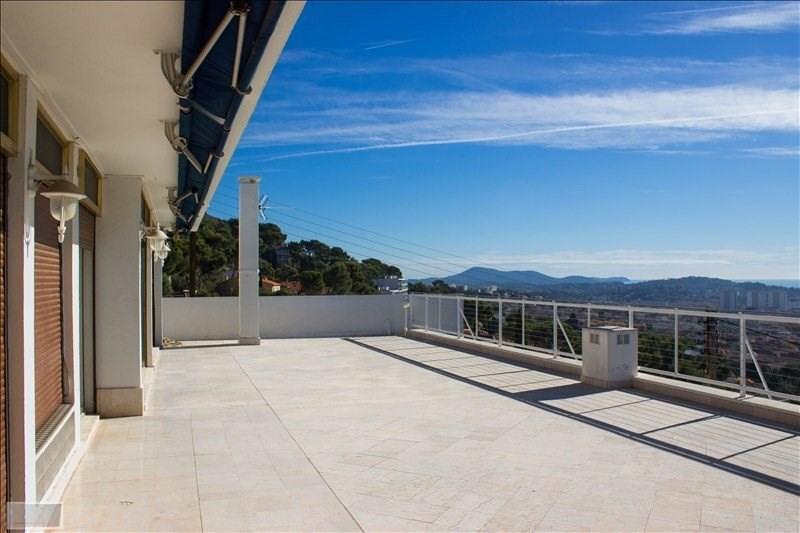 Deluxe sale apartment Toulon 690000€ - Picture 2