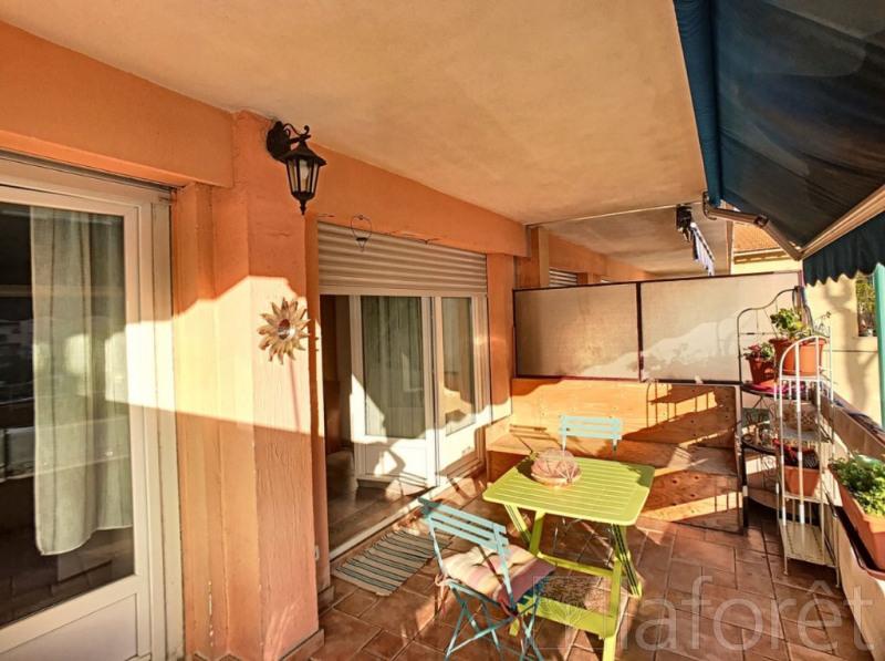 Appartement Menton 3 pièce(s) 58 m2
