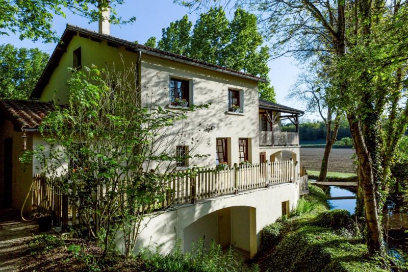 Sale house / villa Ruffec 288750€ - Picture 12