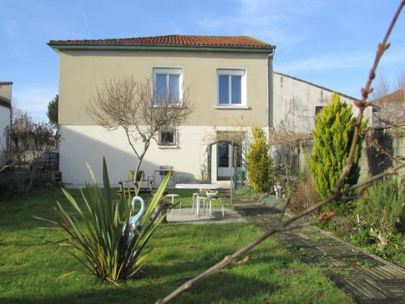 Vente maison / villa Aigre 98001€ - Photo 1