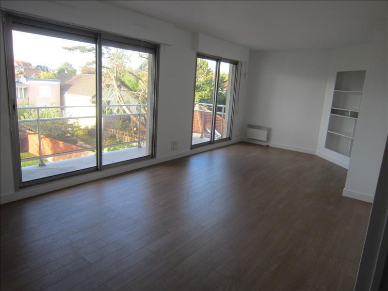 Rental apartment Maisons-laffitte 1335€ CC - Picture 2