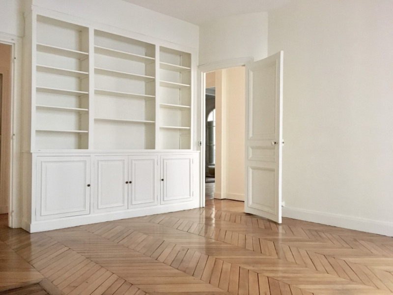 Location appartement Paris 7ème 5 350€ CC - Photo 6