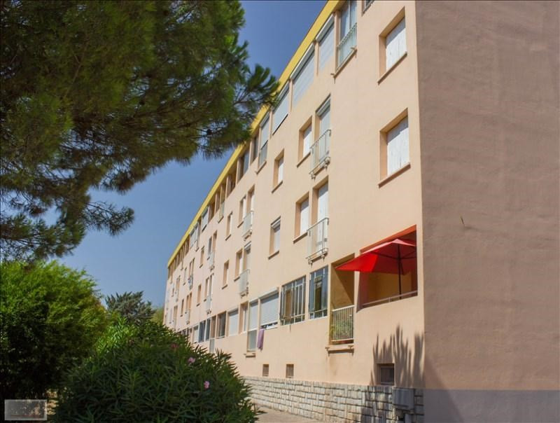 Sale apartment Hyeres 150000€ - Picture 2
