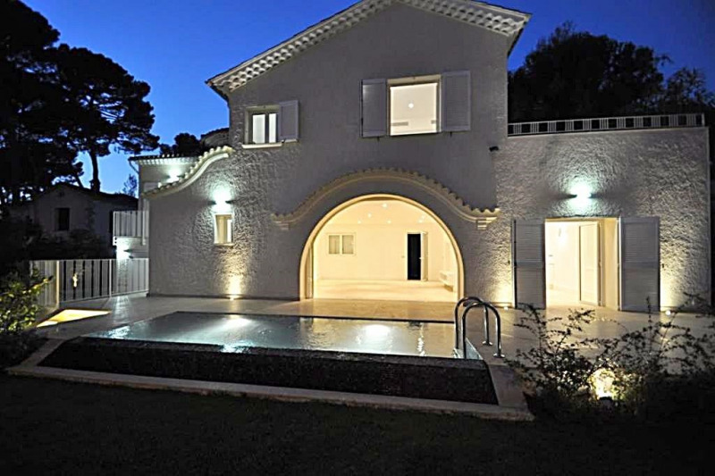 Deluxe sale house / villa Cap d'antibes 2 150 000€ - Picture 2