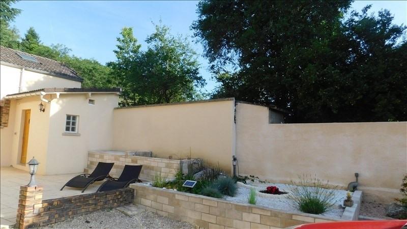 Sale house / villa Villeneuve sur yonne 208650€ - Picture 11