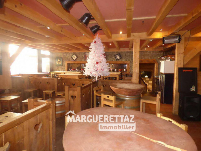 Commercial property sale shop Morillon 262 500€ - Picture 4