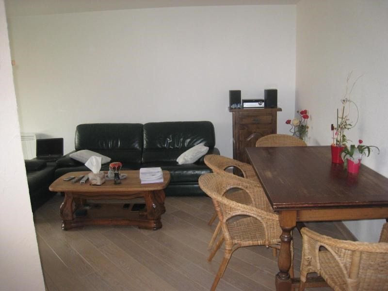 Location appartement La roche sur foron 895€ CC - Photo 4