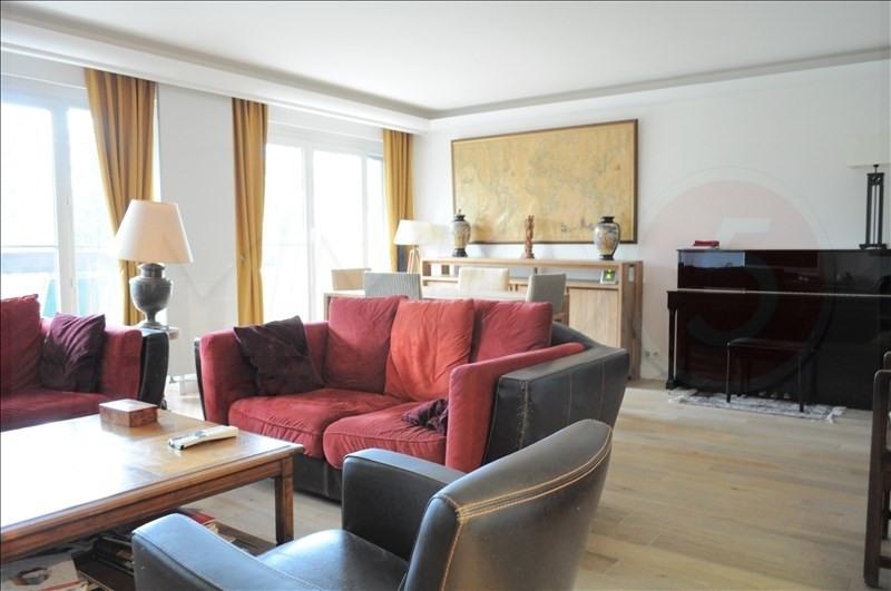 Sale apartment Le raincy 450000€ - Picture 2