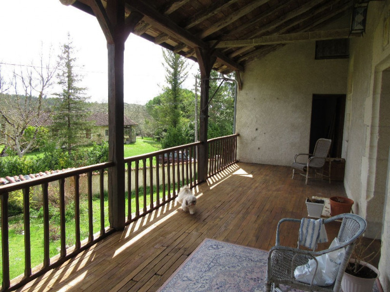 Sale house / villa Bassillac et auberoche 318000€ - Picture 2