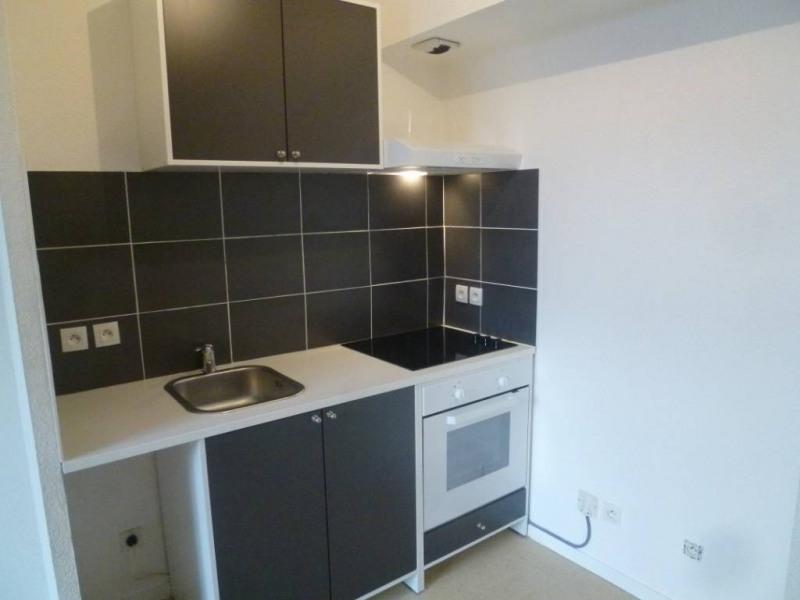 Location appartement Saint-laurent-du-pont 395€ CC - Photo 2