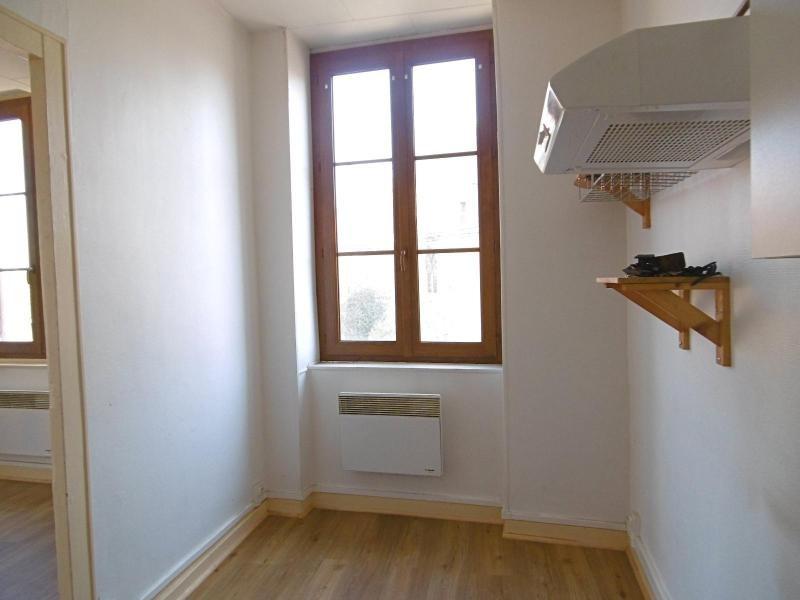 Location appartement L'arbresle 415€ CC - Photo 2