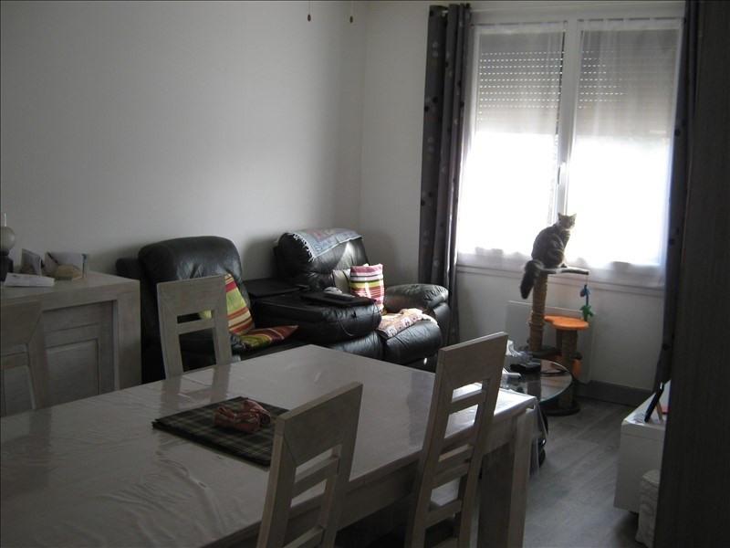 Rental house / villa Mas grenier 611€ CC - Picture 1