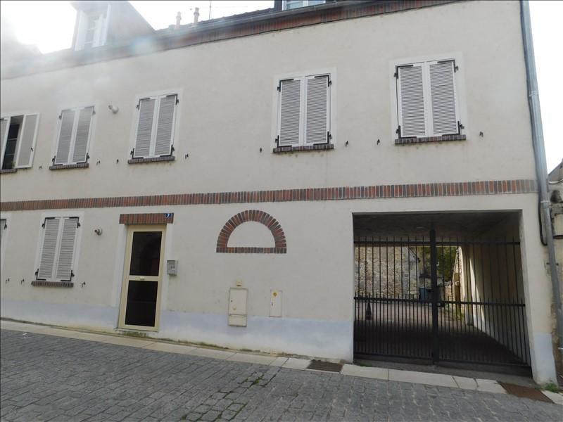 Sale apartment Villeneuve sur yonne 86110€ - Picture 1