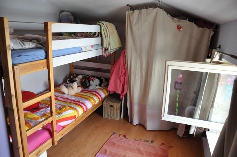 Sale house / villa Pommiers 165000€ - Picture 8