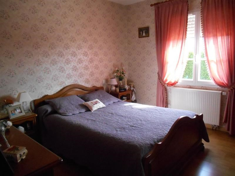 Sale house / villa Grandvilliers 300000€ - Picture 7