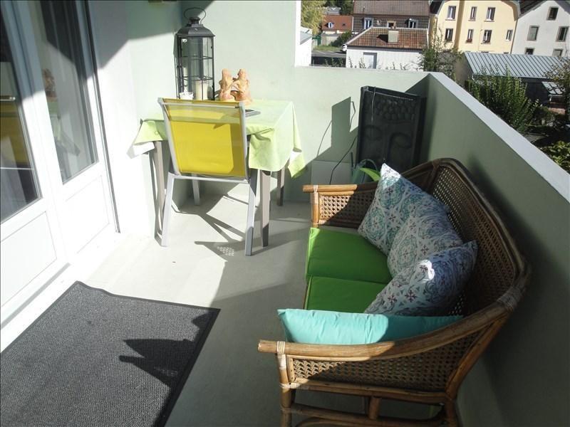 Verkoop  appartement Montbeliard 144000€ - Foto 10