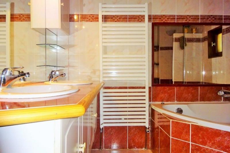Investment property house / villa Le bois-d'oingt 245000€ - Picture 11