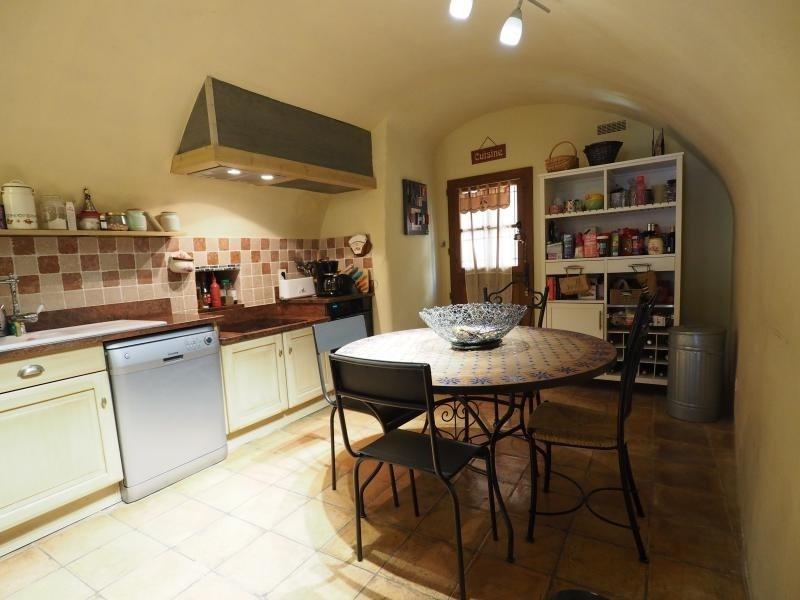 Vente maison / villa Uzes 360000€ - Photo 6