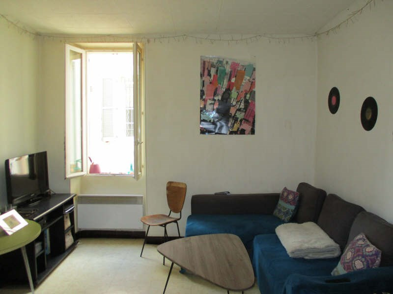 Rental apartment Salon de provence 555€ CC - Picture 1