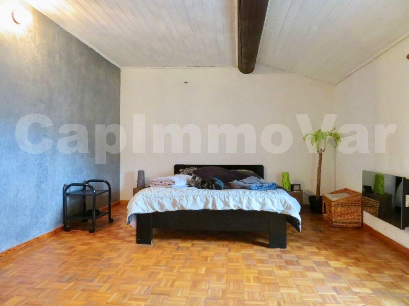 Vente maison / villa Signes 270000€ - Photo 9