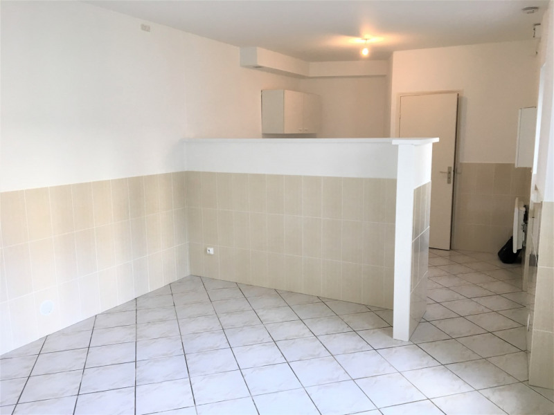 Rental apartment Herblay 508€ CC - Picture 1