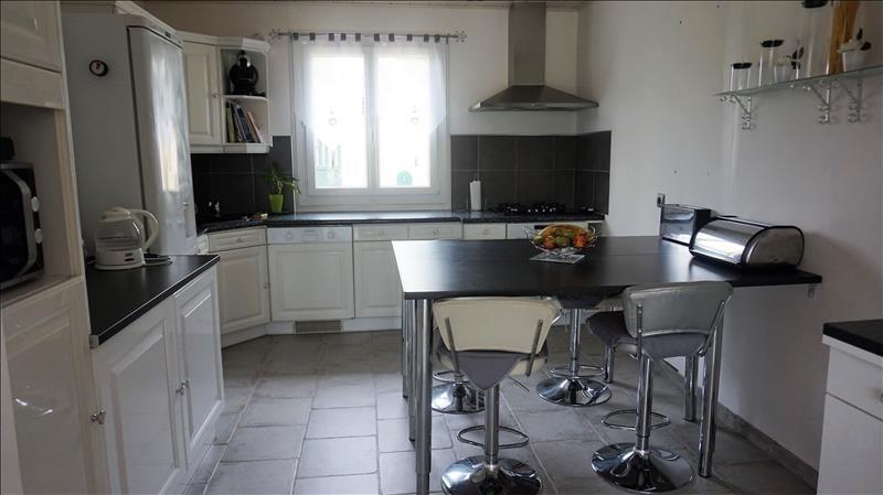 Revenda casa Breval proche 297000€ - Fotografia 5