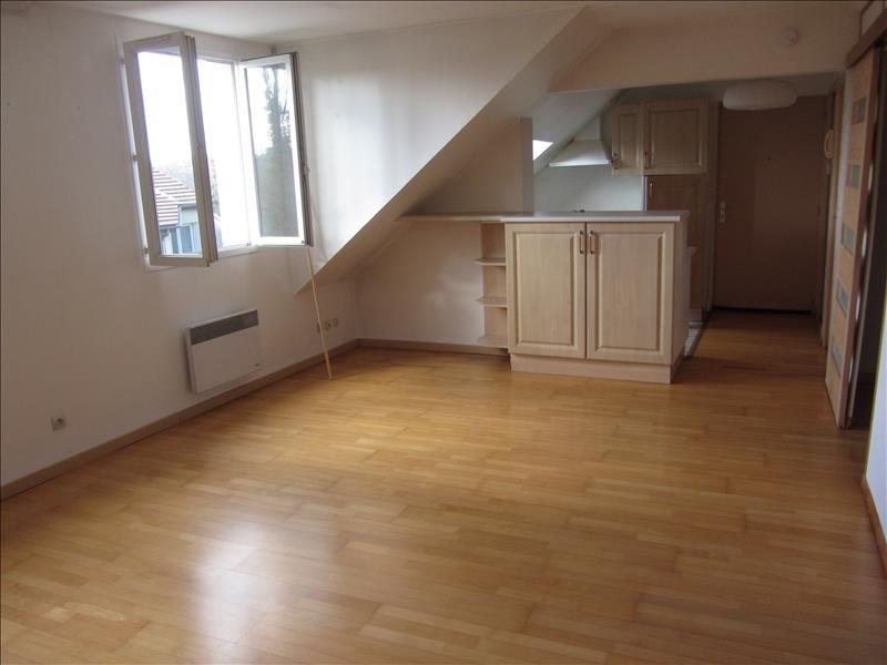 Rental apartment Saint ouen l'aumone 750€ CC - Picture 1
