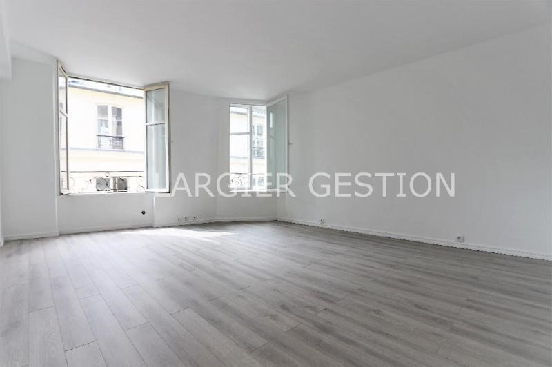 Location appartement Paris 2ème 2 340€ CC - Photo 1
