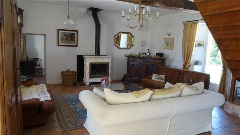 Deluxe sale house / villa Montaigu de quercy 436800€ - Picture 2