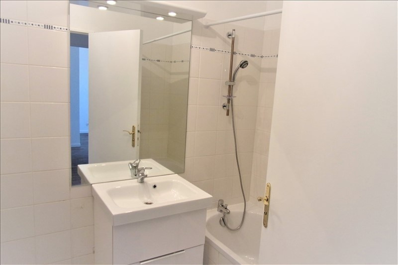 Location appartement La plaine st denis 1 070€ CC - Photo 5