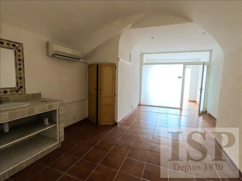 Rental empty room/storage Gardanne 442€ HT/HC - Picture 1