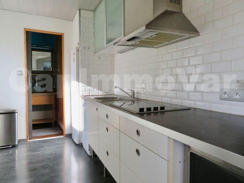 Sale apartment Le beausset 135000€ - Picture 4