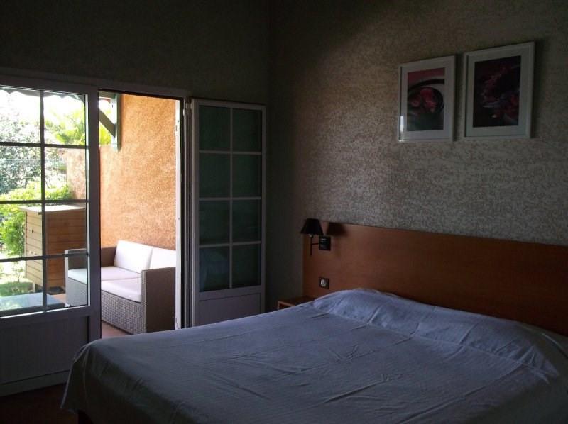 Rental house / villa Petit bourg 1500€ CC - Picture 4