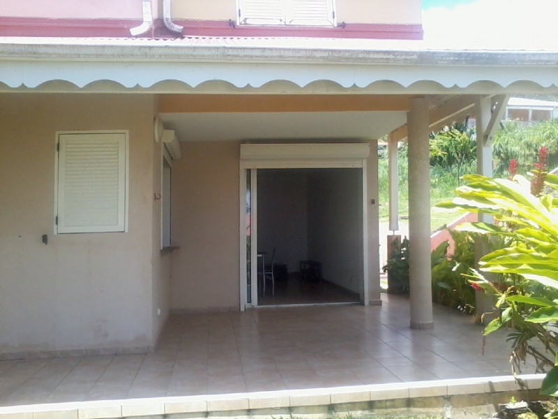 Rental house / villa Gourbeyre 946€ CC - Picture 4