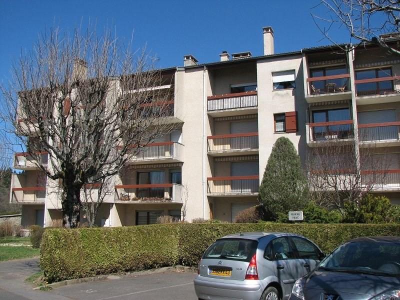 Rental apartment Le chambon sur lignon 440€ CC - Picture 1