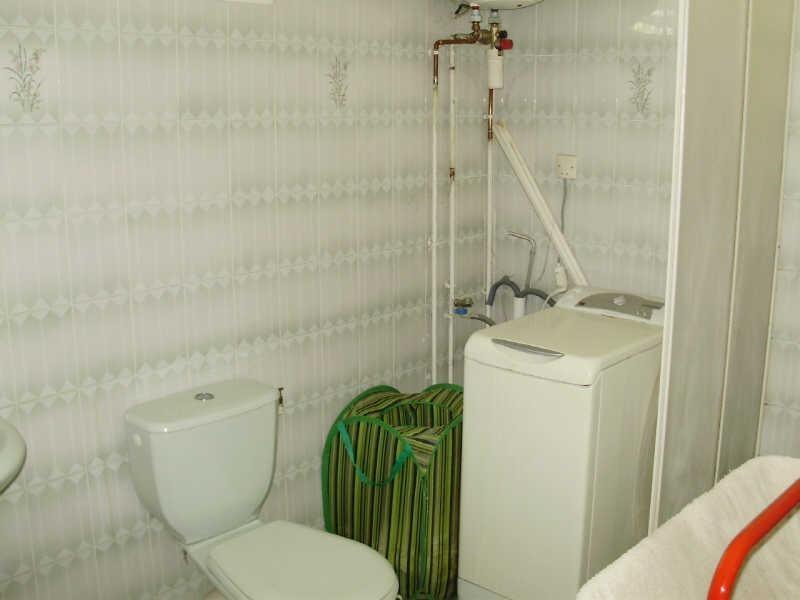 Rental house / villa Le gosier 810€ CC - Picture 6