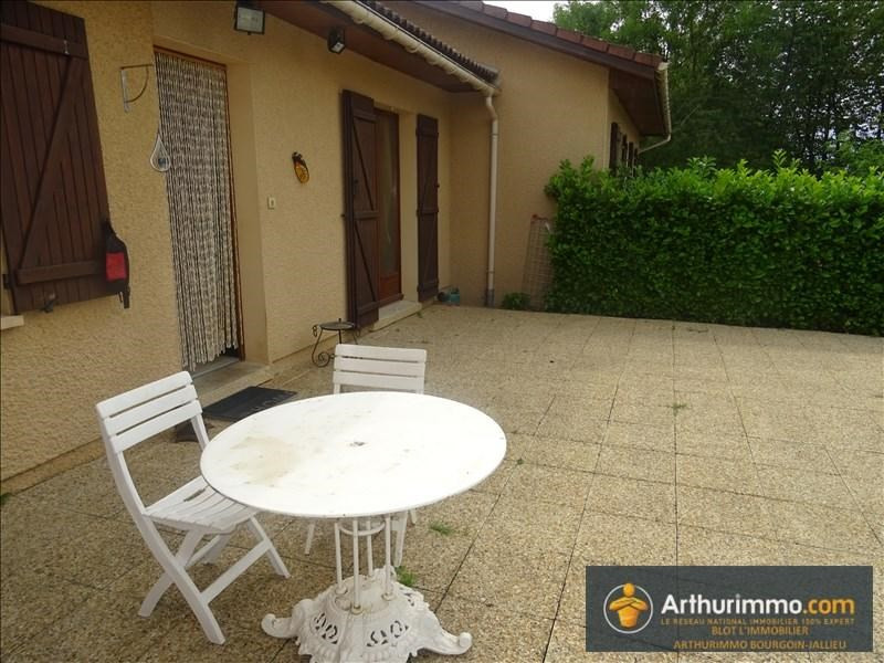 Sale house / villa Bourgoin jallieu 258000€ - Picture 5