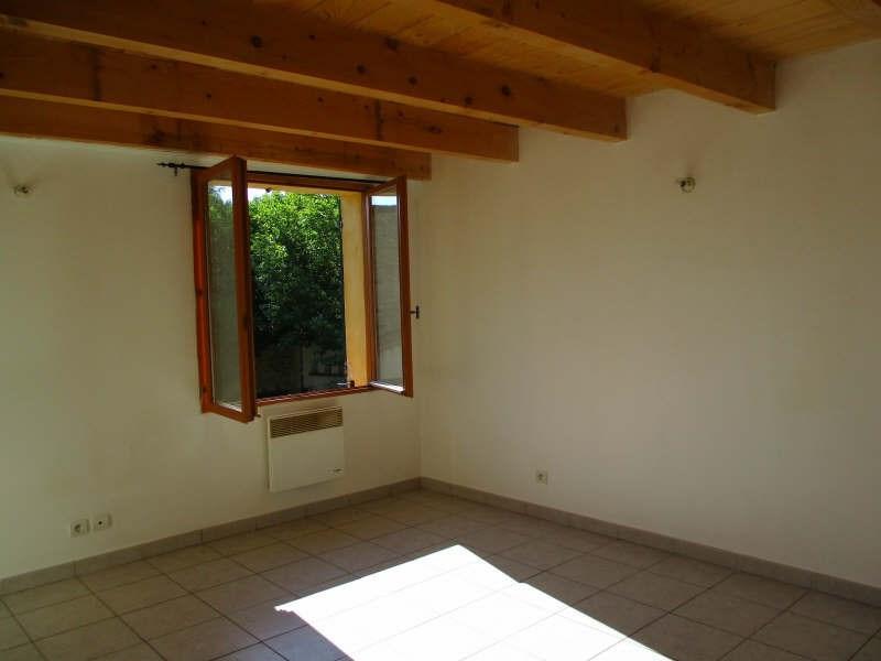 Rental house / villa Eyguieres 700€ CC - Picture 4