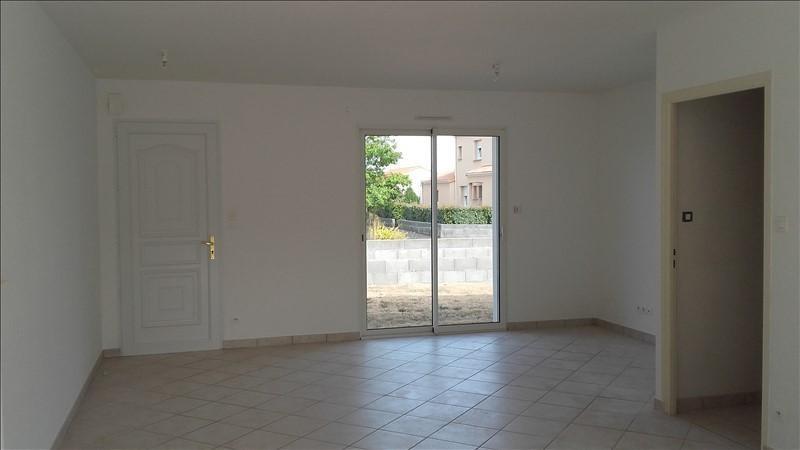 Location maison / villa Villedieu la blouere 578€ CC - Photo 2