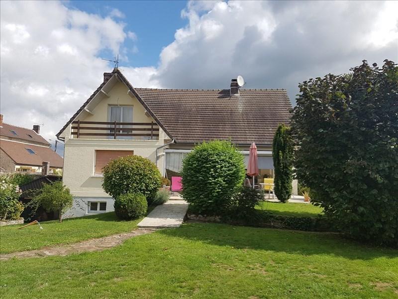 Sale house / villa Senlis 550000€ - Picture 1