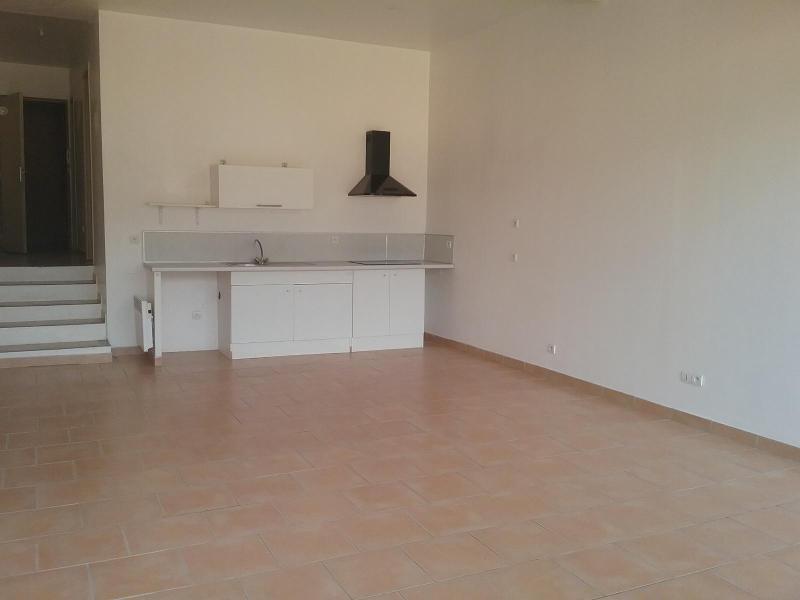Location appartement Rousset 649€ CC - Photo 2