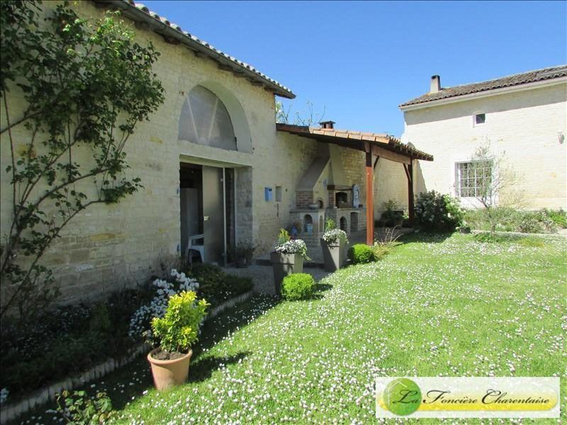 Vente maison / villa Villefagnan 328000€ - Photo 12
