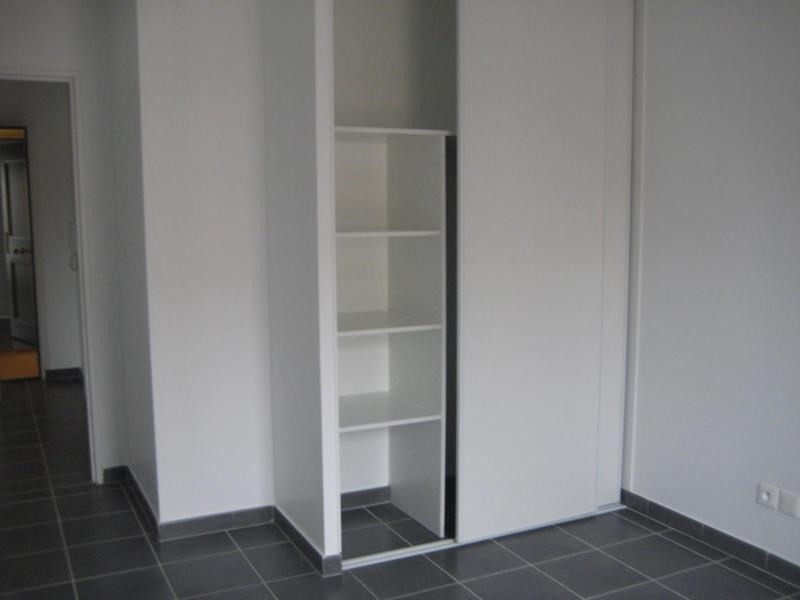 Location appartement Meyzieu 570€ CC - Photo 7
