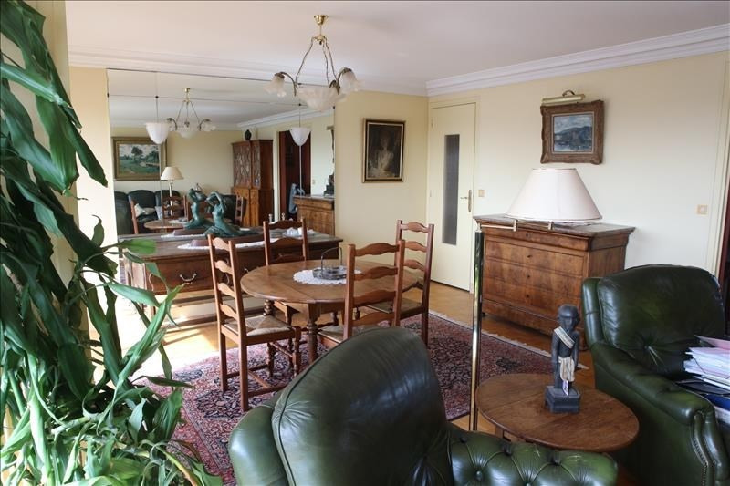 Deluxe sale apartment Paris 11ème 1075000€ - Picture 2