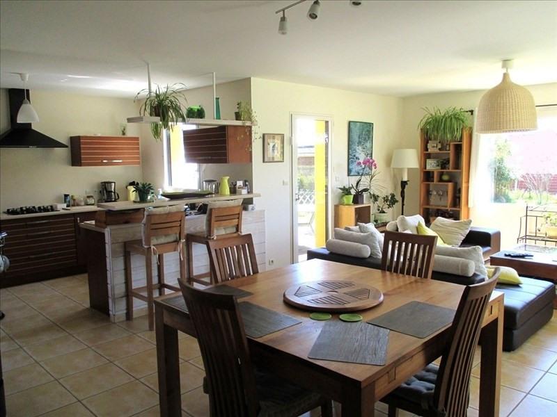 Sale house / villa Lannilis 247500€ - Picture 3