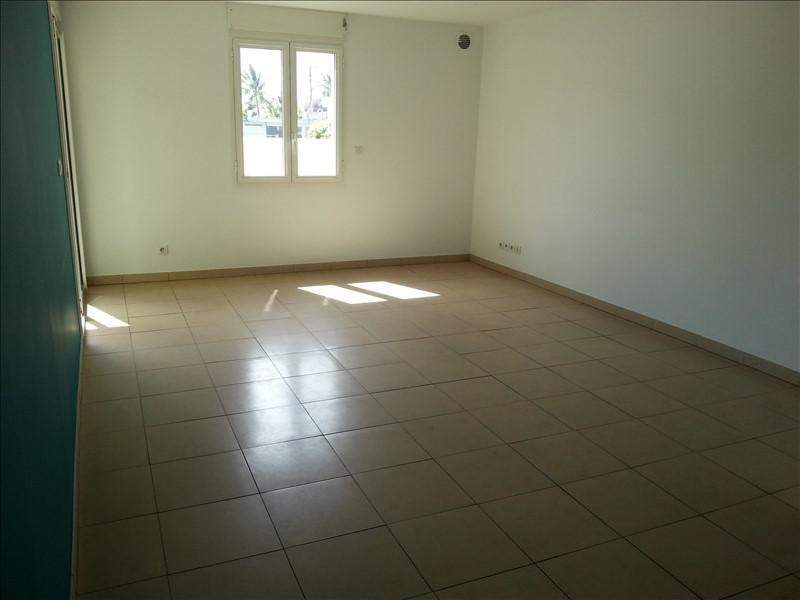 Sale apartment St pierre 145 000€ - Picture 2