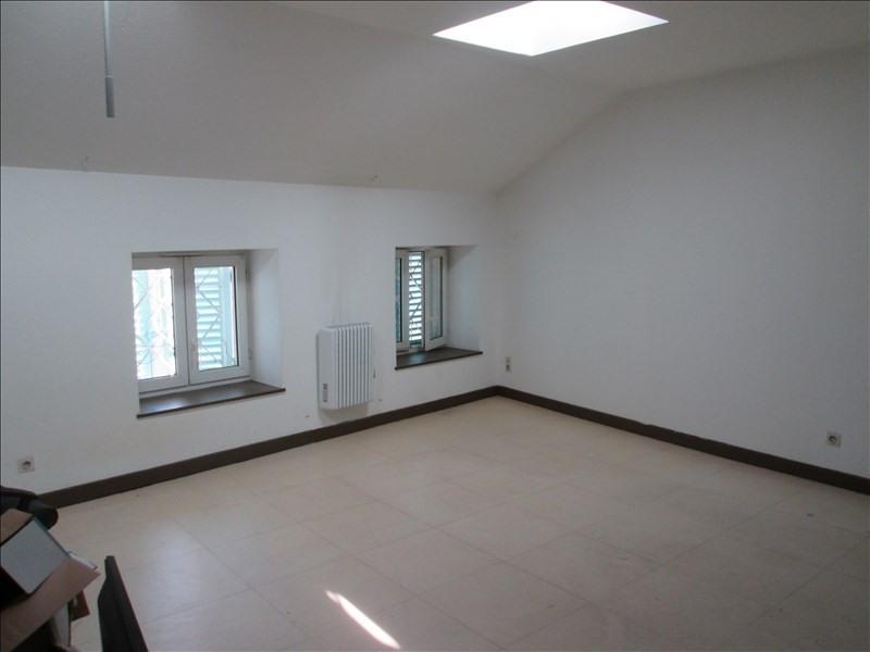 Rental apartment Pont de vaux 282€ CC - Picture 2