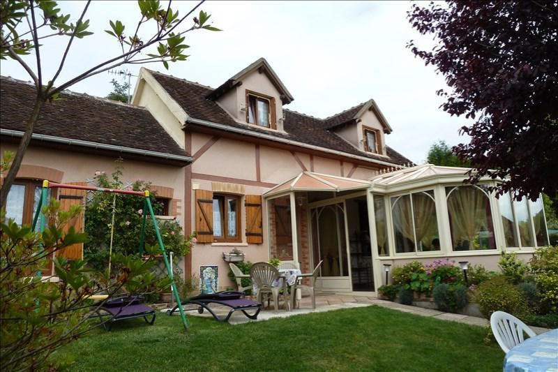 Sale house / villa Proche thorigny sur oreuse 170 000€ - Picture 1