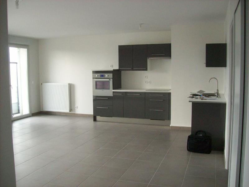 Location appartement Grenoble 1097€ CC - Photo 1