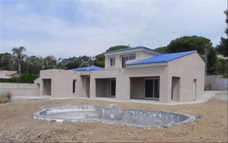 Deluxe sale house / villa Les issambres 1890000€ - Picture 2